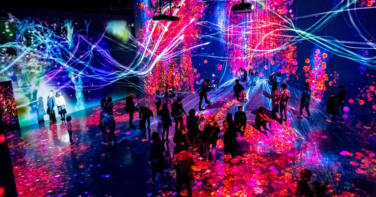 Projector-and-reflecting-light-1200x629px