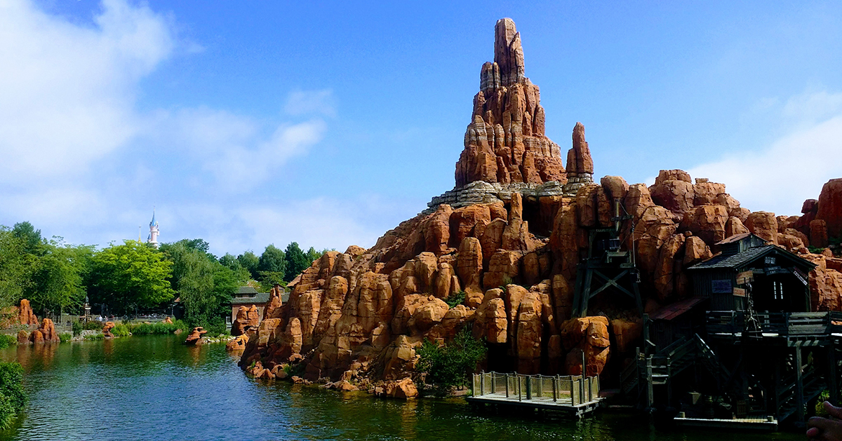 5 Powerful Ways Communication Can Improve The Theme Park Experience